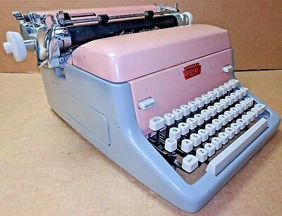 RARE Vintage 1959 Cameo PINK ROYAL TYPEWRITER - Model FP - Elite Edition - WORKS