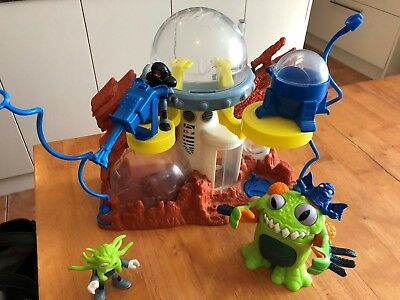 Imaginext Space Station Playset Fisher Price Toy Galaxy Moon Planet with Alien