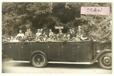 carte photo : groupe d'adultes en excursion avec bus...autocar...voiture...