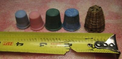 Vintage Antique Small Woven Sweet Grass THIMBLE HOLDER Basket & 4 thimbles