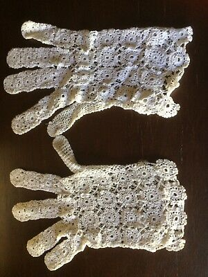Vintage Ladies Gloves Crochet Lace White Wrist Length Small Size Beautiful