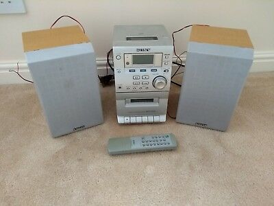 Sony Hi Fi with 2 Speakers, FM Radio, CD player, Cassette player / Recorder