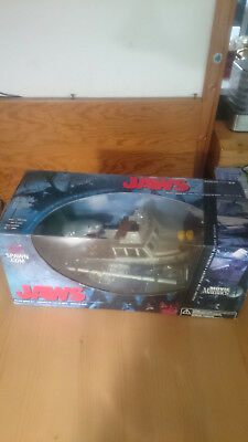 Jaws Movie Maniacs 4 Deluxe Boxed Set McFarlane