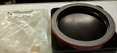 Hyster Forklift Genuine Oil Seal 200490 NEW 1 piece