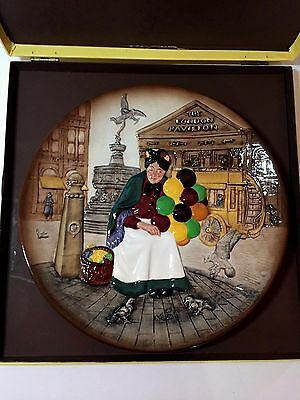Vintage Royal Doulton Tableware 1979 The Old Balloon Seller Plate Signed