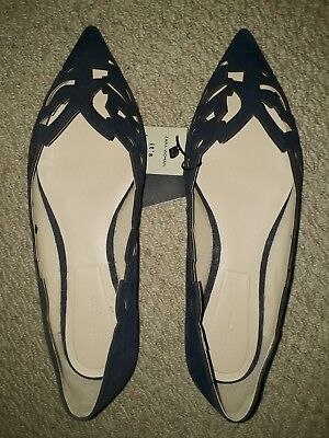 Zara Leather Navy Pointed Shoes size 8 41