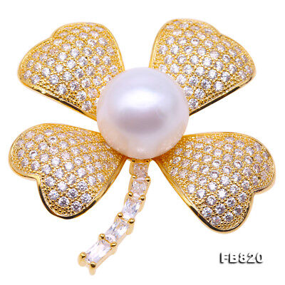 ce1fa93ee36 JYX Beautiful 13mm White Freshwater Pearl Four Leaf Clover Design Brooch Pin