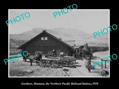 OLD LARGE HISTORIC PHOTO OF GARDINER MONTANA, THE RAILROAD DEPOT STATION c1910