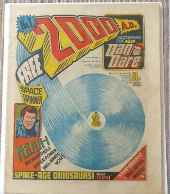 2000 AD Programme 1 No 1 Feb 1977 1st Issue No Free Gift VG+ no writing
