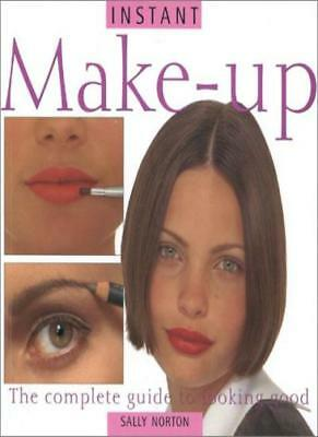 Make Up: Easy Makeovers for Beautiful Looks (Essential beauty) By Sally Norton