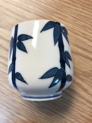 Vintage ANTIQUE CHINESE BLUE WHITE China PORCELAIN SIGNED SAKE CUP