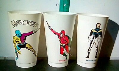 Lot of 3 vintage dc 711 cups