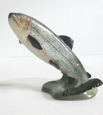 Beswick Animal SALMON 2066.  In excellent condition.