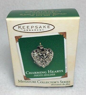 Hallmark 2003 Miniature Ornament Charming Hearts Photo Holder 1st in Series I433