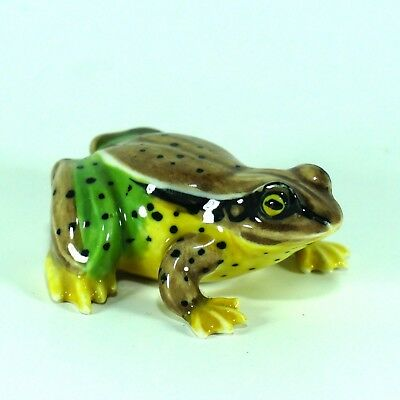 Figurine Miniatures Green Frog Toad Ceramic Porcelain Hand Painted Collectible