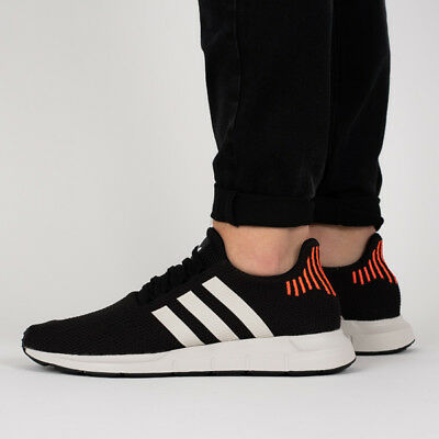 san francisco ffae4 6bbdb Scarpe Uomo Sneakers Adidas Originals Swift Run  B37730