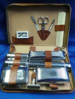 RETRO VINTAGE LEATHER AND CHROME MEN'S TOILETRY KIT CIRCA 1950's