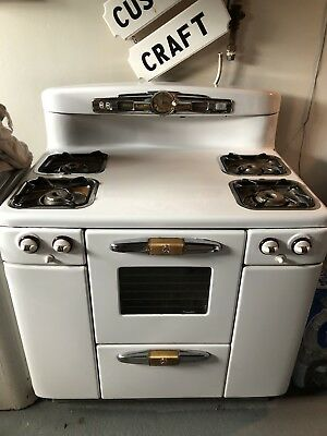Vintage Tappan Deluxe Gas Stove