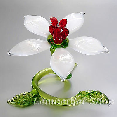 Self-standig flower made of colored glass. Width 9 cm / 3.6 inch!