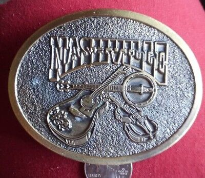 VINTAGE 1970s **NASHVILLE (GUITAR, FIDDLE, & BANJO)** MUSIC BELT BUCKLE