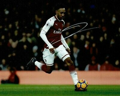 AFTAL COA 1296 Pierre-Emerick Aubameyang Signed 10X8 Photo Arsenal F.C