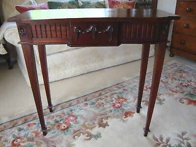 A Quality Antique Style Slim Hall / Side Console Table Tapering Legs One Drawer