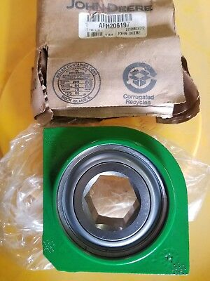 JOHN DEERE OEM Part # AFH206197 Round Baler Bearing & carrier holder  AFH205792