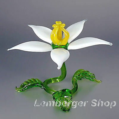 Self-standig flower made of colored glass. Width 8 cm / 3.2 inch!