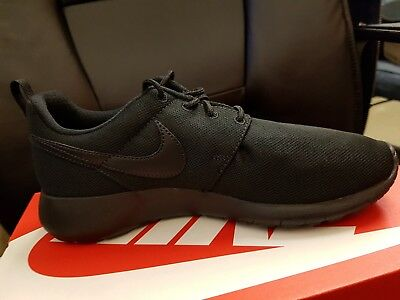 07872ffb7318 NIKE ROSHE ONE (GS) Black Black Big Kids Running Shoes 599728-031 ...