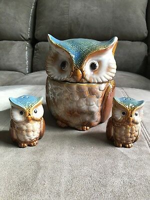 Small OWL Ceramic Cookie Jar  with matching Salt & Pepper Shakers - Blue/Browns