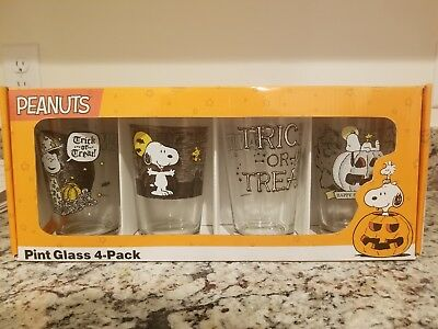 Peanuts Charlie Brown Snoopy Woodstock Halloween Pint Drinking Glass Four 4 Pack
