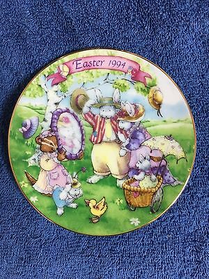 """""""All Dressed Up"""" - 1994 Avon Easter Collector Plate"""