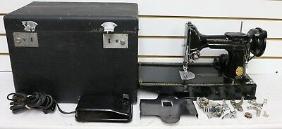 Singer Featherweight 221k Mechanical Sewing Machine