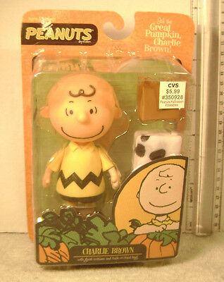 Peanuts  The Great Pumpkin  Charlie Brown With Ghost Costume Halloween Figure
