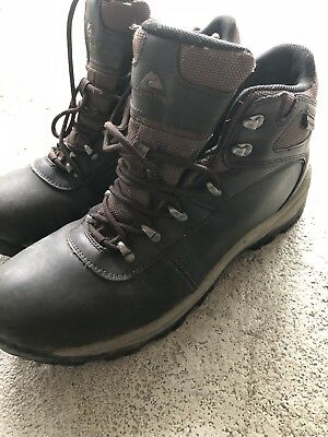 fc38dcbe2d1 OZARK TRAIL BROWN LEATHER WATERPROOF HIKING BOOTS MENS Size 9.5
