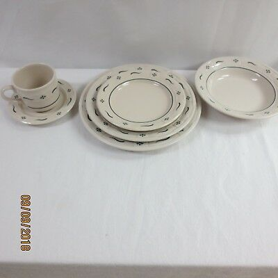 Longaberger Heritage Green Woven Traditions Pottery set of 6 place setting