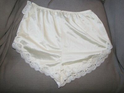 Vtg Lorraine Ladies Silky Satiny Nylon Tap Shorts Panties Lingerie Lace M Med 6