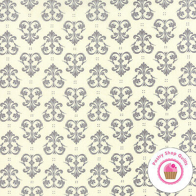 Ivory 2900 13 MODA Fabric ~ SPOOKY DELIGHTS ~ by Bunny Hill by 1//2 yard