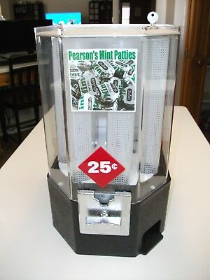 Vintage Mint-O-Matic Mint Vending Machine Retro Acrylic Coin-Op Dispenser & Key