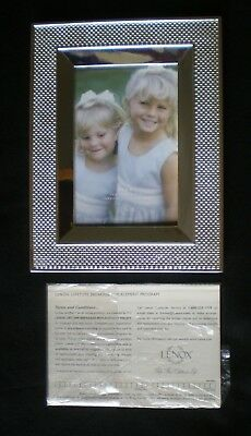 """New Lenox Silverplate Picture Frame for 4"""" x 6"""" photos ~ Stunning!"""