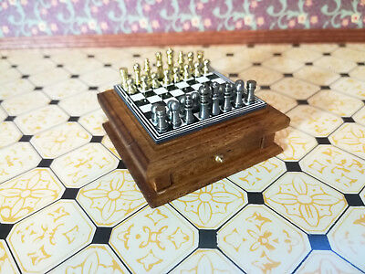 Dollhouse Miniature Deluxe Chess Set with Magnetic Chess Pieces 1:12 Scale