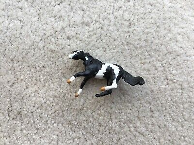 Rare Breyer Mini Whinnies Horse #300101 Mares Collection Cutting Black Pinto