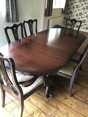 mahogany Extendable 6 Seater dining table