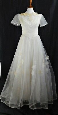 50s Vintage Wedding Gown - Ivory Tulle with Crochet Details - Stunning, Wearable