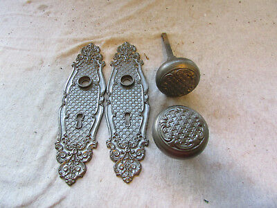 VTG Cast Iron Door Knobs & Back plate set Sargent & co 485RM Vernacular Rococo