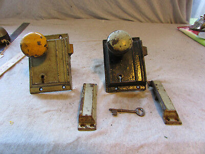 (2) Sets VTG Heavy Cast Brass Door Knobs & Lock w/ Key Russell & Erwin R&E