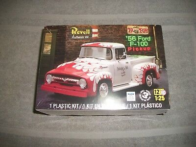 Revell  Ford F  Pickup Plastic Model Car Kit Sealed