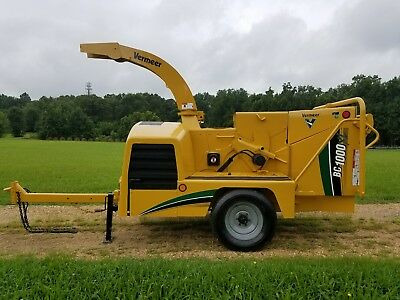 "2006 Vermeer BC1000XL Cummins Turbo 12"" wood brush chipper"
