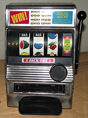 AWESOME Vintage Metal Slot Machine made By WACO-Japan-GOTTA LQQK !