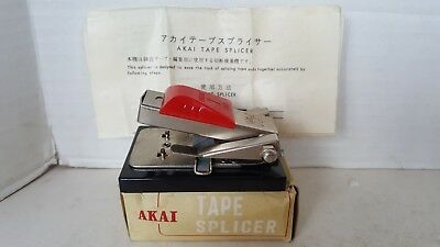 Akai Tape Splicer Model AS-3 with instructions and Original box